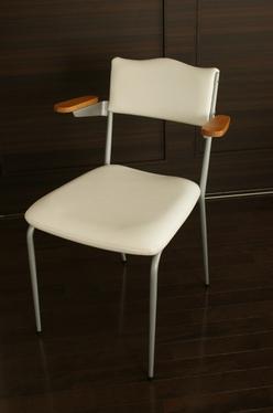 20100606_chair_n1.jpg