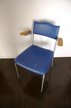 20100606_chair_o1.jpg