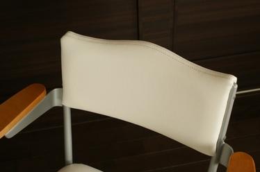 20100606_chair_n2.jpg